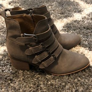 Women's Lucky Brand Gray Leather Booties Size 6.5